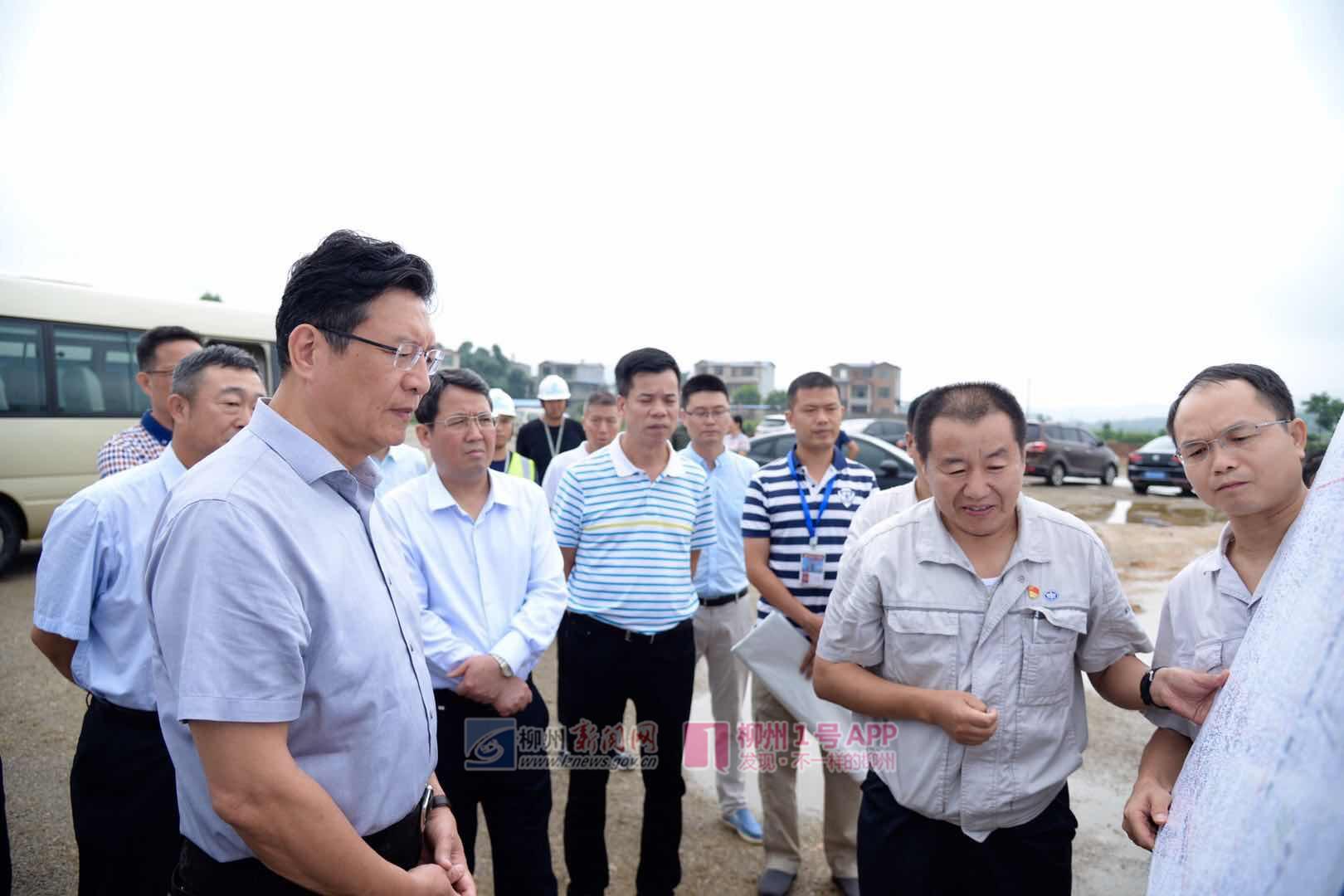 郑俊康、吴炜:柳东新区要成为全市高质量发展的主战场和排头兵